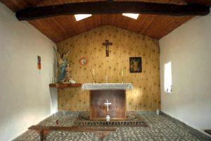 Interior de la capilla del Santo Ángel de la Guarda, Vil.lar, Gal.legos