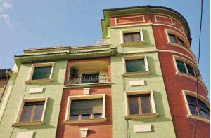 Antiguo despacho central de RENFE, foto ventanas