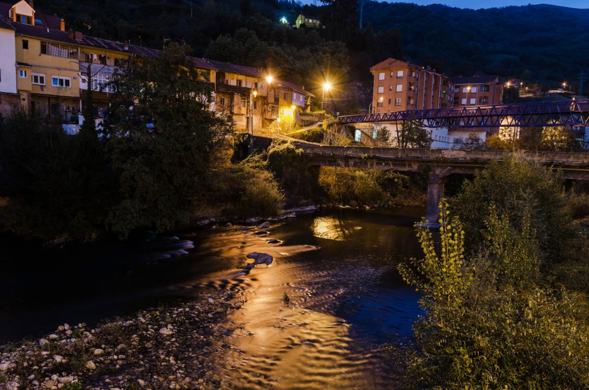 Foto Nocturna, Santa Cruz (Fot. Yolanda Suarez - AF Semeya)