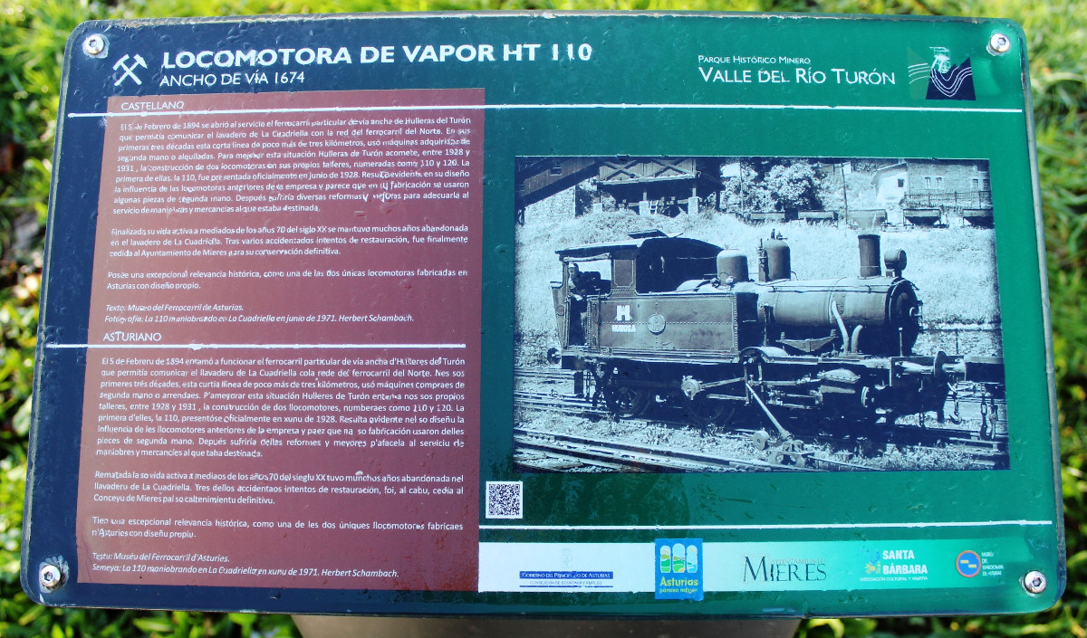 Panel informativo de la locomotora de vapor HT110, San Francisco, Turón