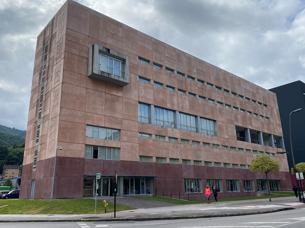 Residencia Estudiantes Campus De Barredo